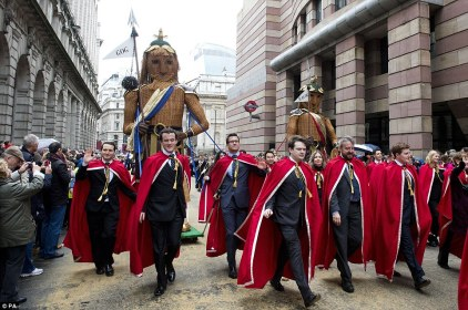 1415471839210_wps_13_Gog_and_Magog_are_paraded